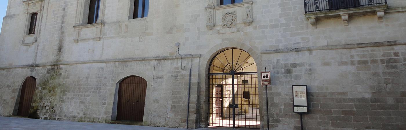 Castello Baronale de Gualtieris - Castrignano dei Greci